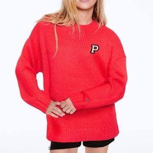 Pink oversized winter knitted sweatershirt
